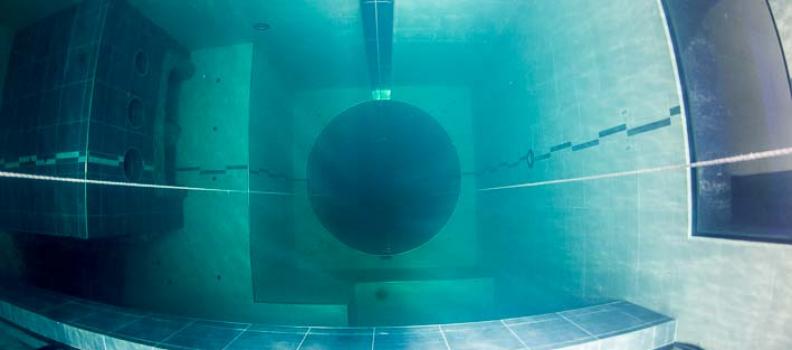 Y-40 Der tiefste Tauchturm